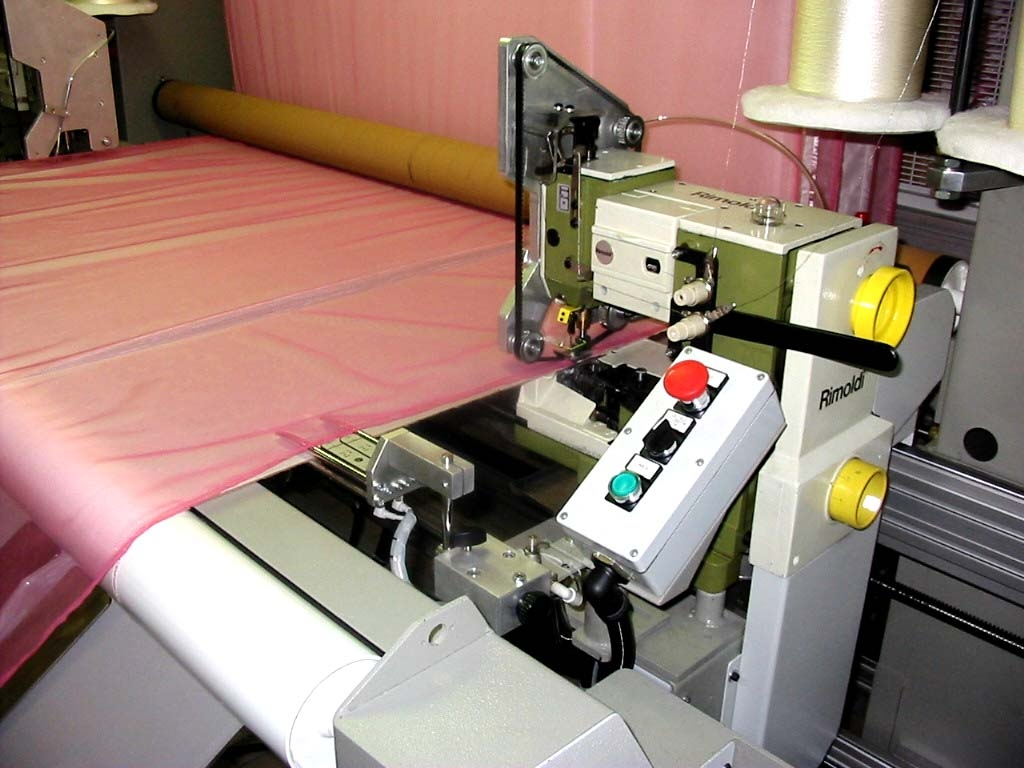 Macchine speciali macchine da cucire e for Macchine per cucire portatili